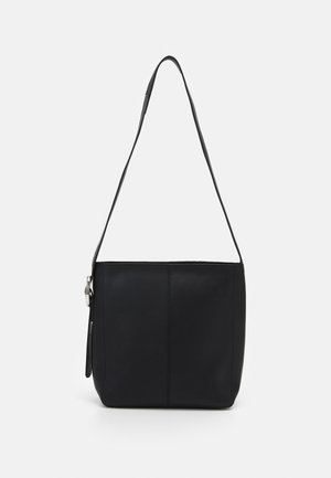 LEATHER - Across body bag - black