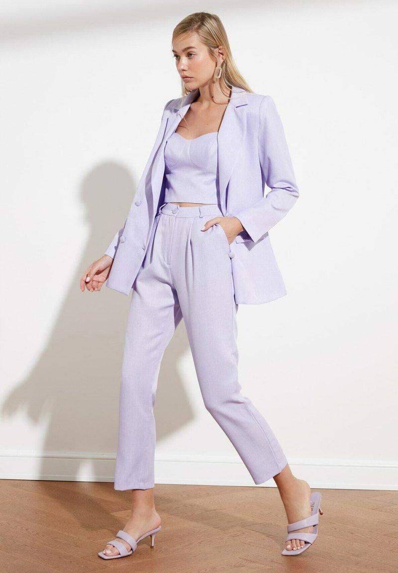 Trendyol - PARENT - Pantalones - purple