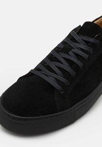 Bianco - BIAAJAY  - Sneakersy niskie - black - 5
