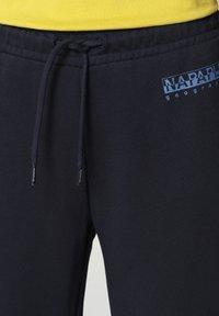Napapijri - MILEA - Tracksuit bottoms - blu marine - 4