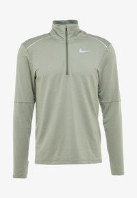 Nike Performance - T-shirt de sport - juniper fog/jade horizon - 6