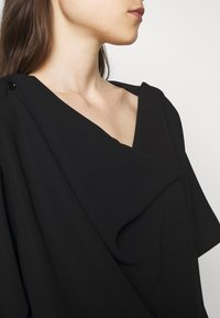 MM6 Maison Margiela - Print T-shirt - black - 5