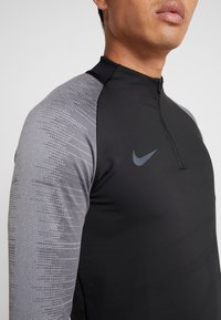 Nike Performance - DRY - Sports shirt - black/wolf grey/anthracite - 6