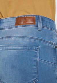 Vero Moda - VMSEVEN SHAPE UP  - Jeans Skinny Fit - light blue denim - 4
