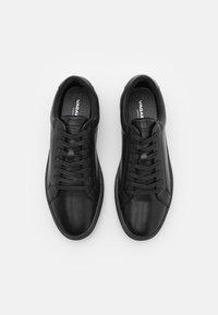 Vagabond - PAUL - Trainers - black - 3