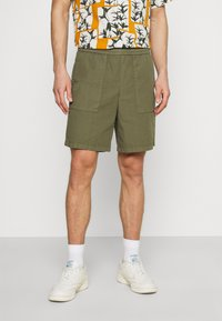 Marc O'Polo DENIM - Shorts - fresh olive - 0