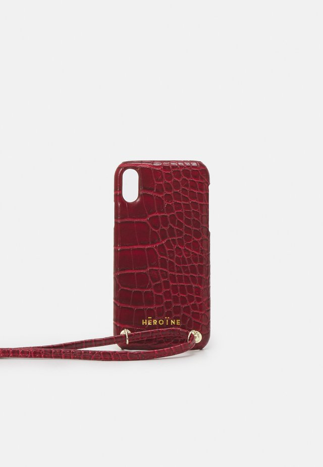 YUNA IPHONE XR HANDYKETTE NECKLACE - Mobilveske - bordeaux