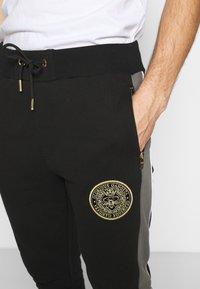Glorious Gangsta - BOTERO - Pantaloni sportivi - black - 4