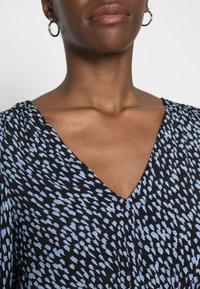 Vero Moda Tall - VMTANIA TALL - Long sleeved top - black - 4