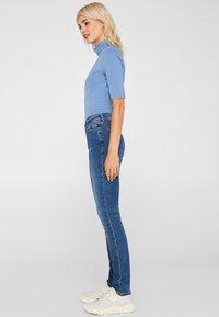 Esprit - LIEBLINGS GESCHNITTENE  - Slim fit jeans - blue medium washed - 3