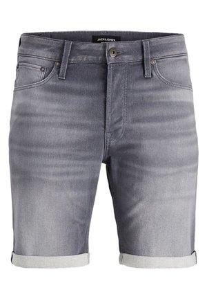 PLUS SIZE SHORTS RICK ICON - Jeansshorts - grey denim