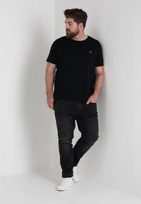 GANT - THE ORIGINAL - Basic T-shirt - black - 1