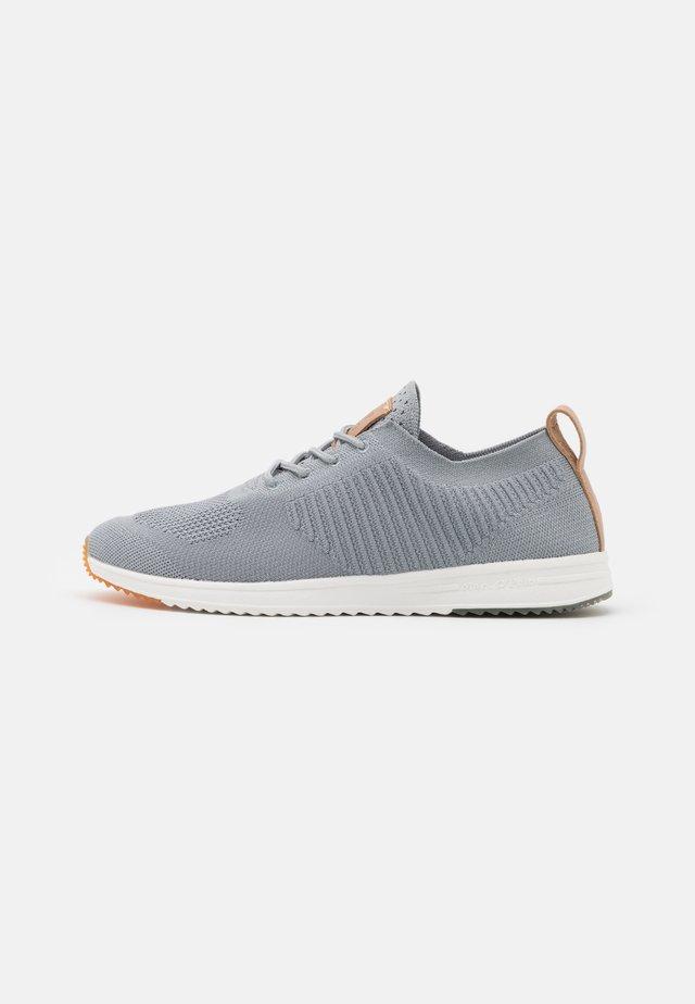 JASPER 4D - Sneakers laag - grey
