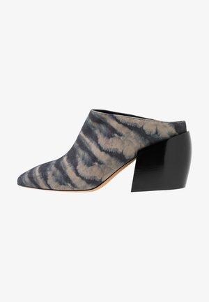 LYLA - Heeled mules - dark grey