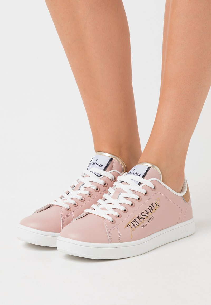 Trussardi - GALIUM - Zapatillas - pink/tan