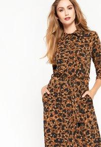 LolaLiza - Jersey dress - brown - 4