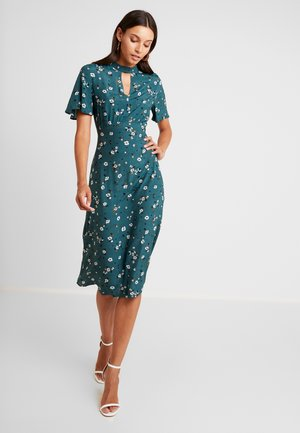 YASSUSSI DRESS - Day dress - evergreen