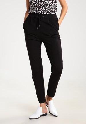 VICLASS - Teplákové kalhoty - black