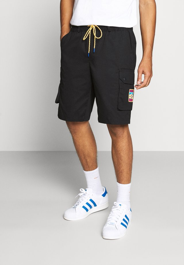 ADPLR CARGO SPORTS INSPIRED SHORTS - Shorts - black