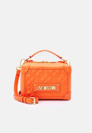 TOP HANDLE CROSS BODY LUNCH BOX - Taška s příčným popruhem - arancio