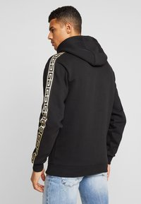 Glorious Gangsta - MERCY LOGO HOODIE  - Huppari - black