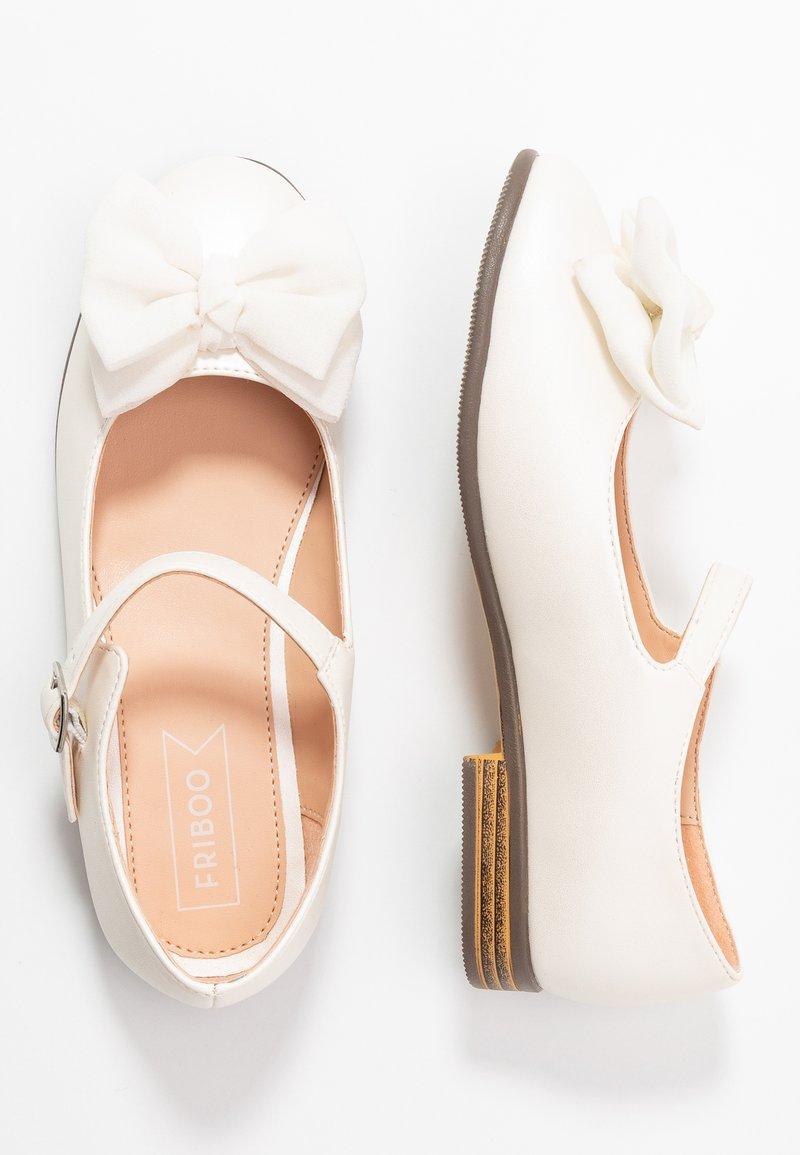 Friboo - Bailarinas con hebilla - white