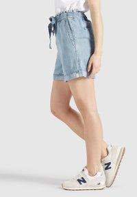khujo - CANDICE - Denim shorts - blau - 3