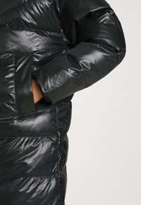 Nike Sportswear - PARKA - Dunkåpe / -frakk - black/mystic stone - 6