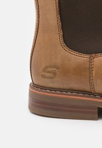 Skechers - BREGMAN MORAGO - Classic ankle boots - tan - 5