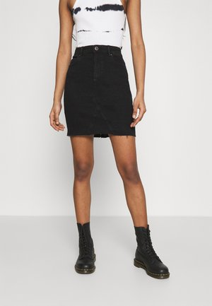 ONLFAN SKIRT RAW EDGE - Minisukně - black denim