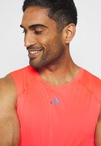 adidas Performance - ADIZERO HEAT.RDY SPORTS RUNNING SINGLET TANK - T-shirt sportiva - sigpnk - 5