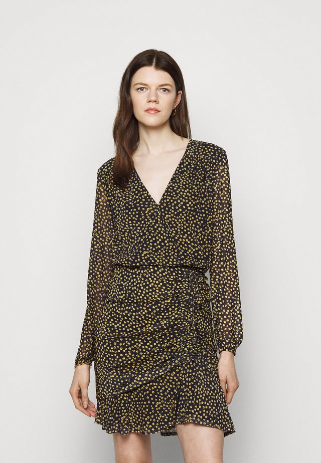 SOUTH BEACH DRAPE DRESS - Korte jurk - marigold