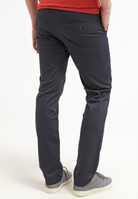 DOCKERS - BEST PRESSED INSIGNIA EXTRA SLIM - Chinos - navy - 2