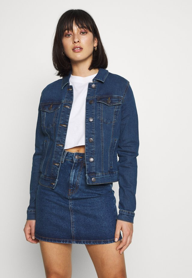 VMHOT SOYA JACKET - Denim jacket - medium blue denim