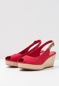 Tommy Hilfiger - ICONIC ELBA BASIC SLING BACK - Platform sandals - red - 4