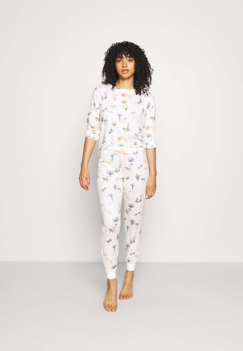 Chelsea Peers - Pyjamas - white