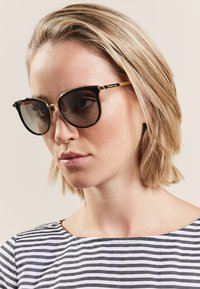 Michael Kors - Sunglasses - black - 1