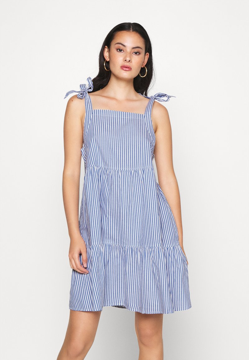 Monki - THELMA SUMMER DRESS - Kjole - blue medium
