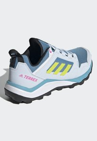 adidas Performance - TERREX AGRAVIC TR - Fjellsko - hazy blue/acid yellow/crystal white - 2