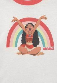 GAP - DISNEY MOANA TODDLER GIRL MOANA - Pijama - new off white - 3
