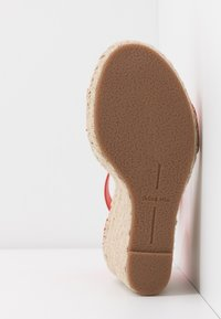 Dolce Vita - NOOR - Sandalen met hoge hak - red - 6