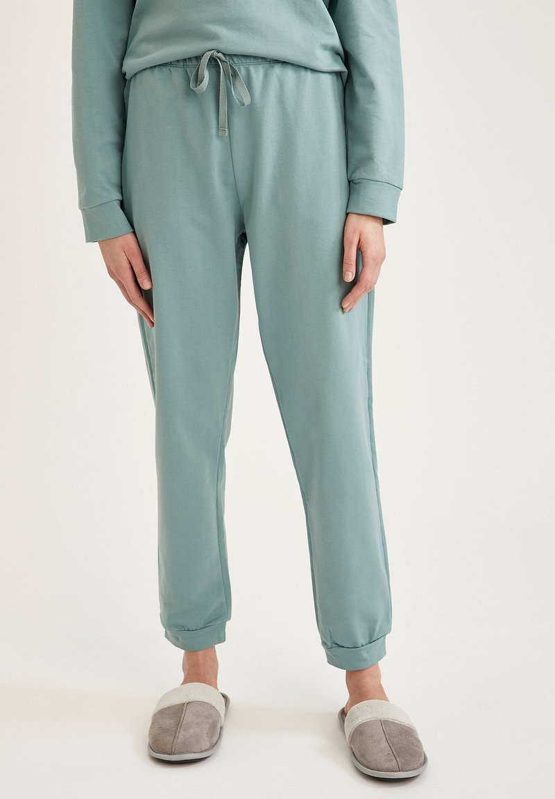 DeFacto - Tracksuit bottoms - green