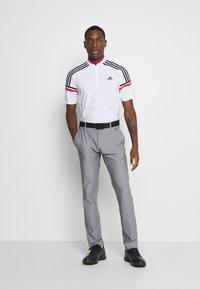 adidas Golf - PERFORMANCE SPORTS GOLF SHORT SLEEVE - Polotričko - white/power pink - 1