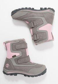 Timberland - CHILLBERG 2 STRAP GTX - Winter boots - medium grey - 0