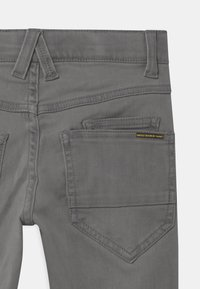 Name it - NKMTHEO  - Straight leg jeans - light grey denim - 2