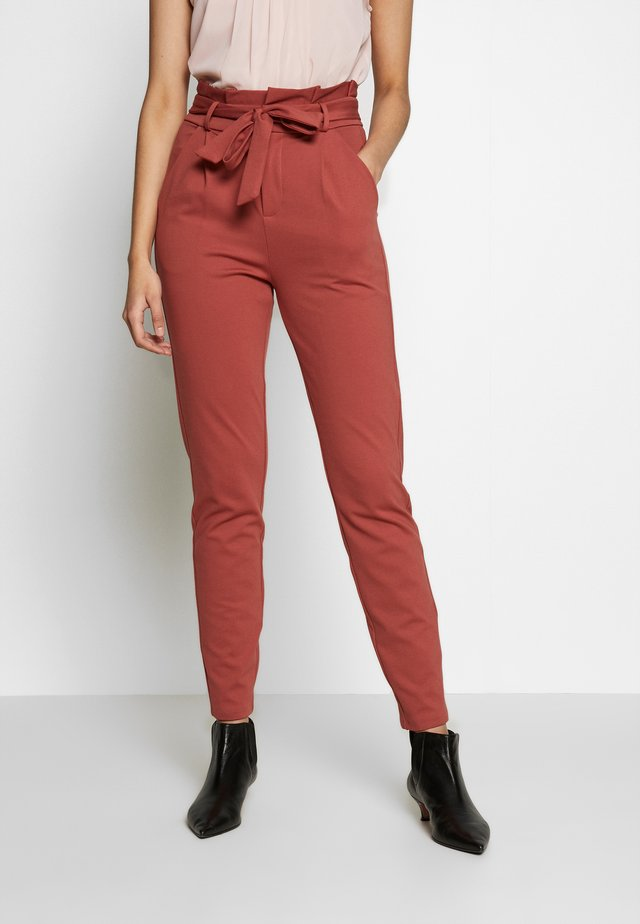 VMEVA  LOOSE PAPERBAG PANT  - Trousers - marsala