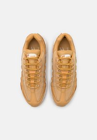 Nike Sportswear - AIR MAX 95 - Trainers - twine/sail/chutney/summit white - 4