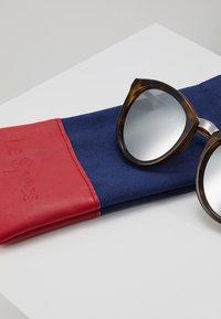 Le Specs - NO SMIRKING  - Sunglasses - tort - 3
