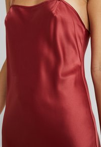 LingaDore - DAILY - Nightie - barn red - 5