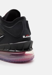 Nike Performance - LEBRON XVIII LOW - Basketball shoes - black/white/university red - 5